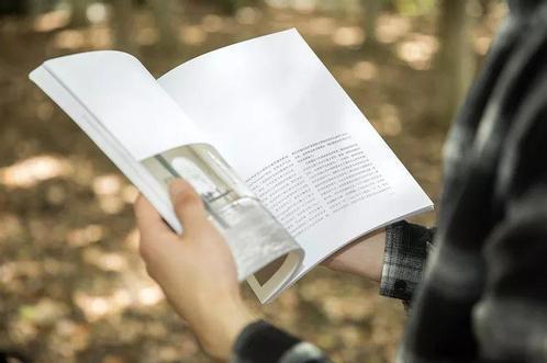 少儿阅读习惯需培养 家长应与孩子一起学习
