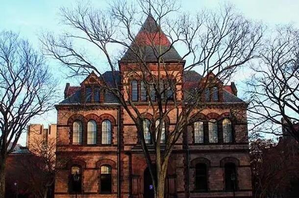 布朗大学这所学校怎么样?浙大校长、IBM创始人等名人都选择这所学校