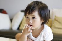 宝宝换牙期问题多 家长把好关