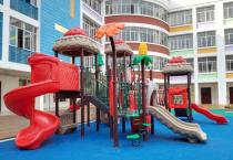 幼儿园滑滑梯安全需要注意什么